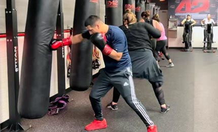 Fit In 42 Kingwood Texas Gym 42fightclub class with boxing and kickboxing