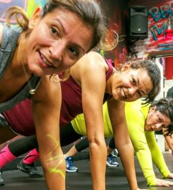 fitin42-laquinta-gym-leanmommy-pushups-exercise-hero-2021