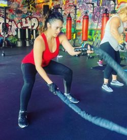 Woman ropes - Fit In 42 Studio Gym